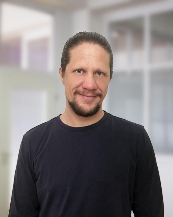 Portrait HolgerHeldmann IMG_4483 Zuschnitt 576x720